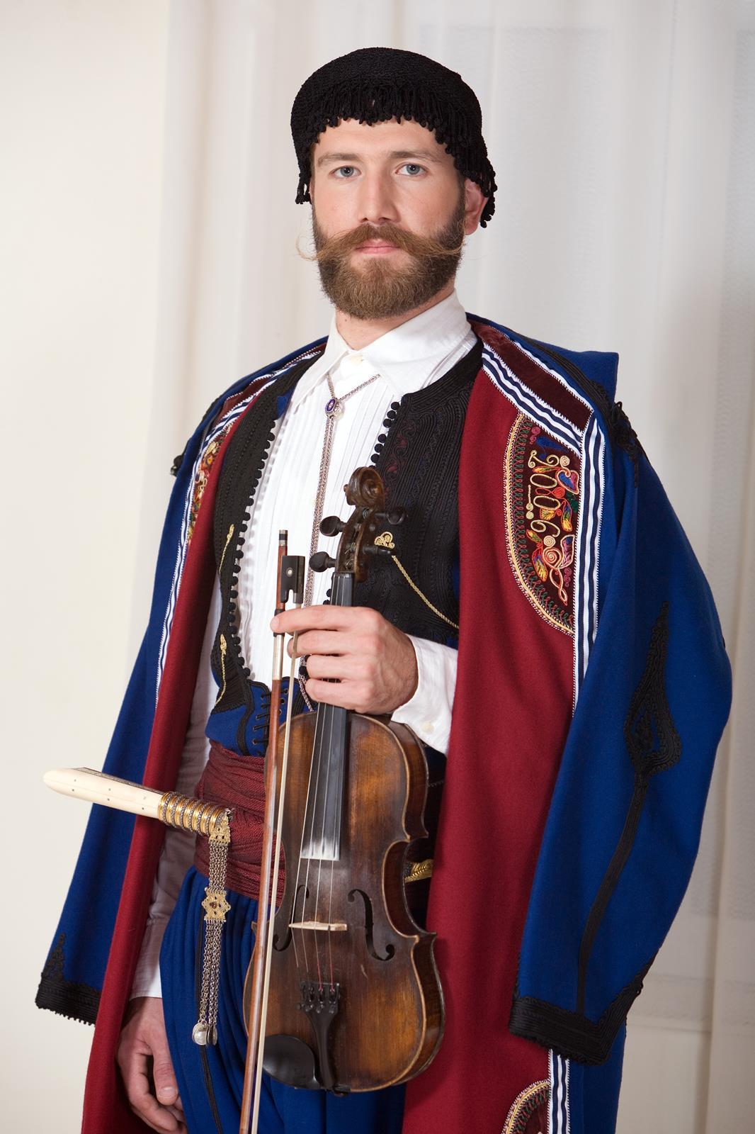 Антонис Мартсакис - парадный портрет