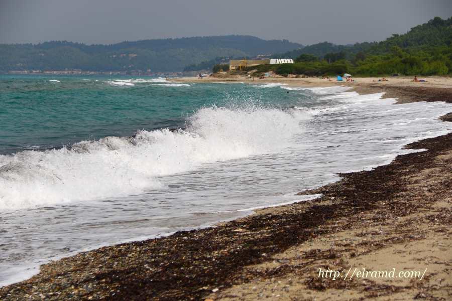 Бурное море у мыса Посиди