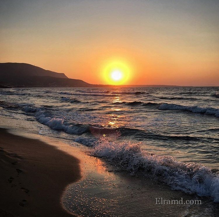 Закат на пляже Балос