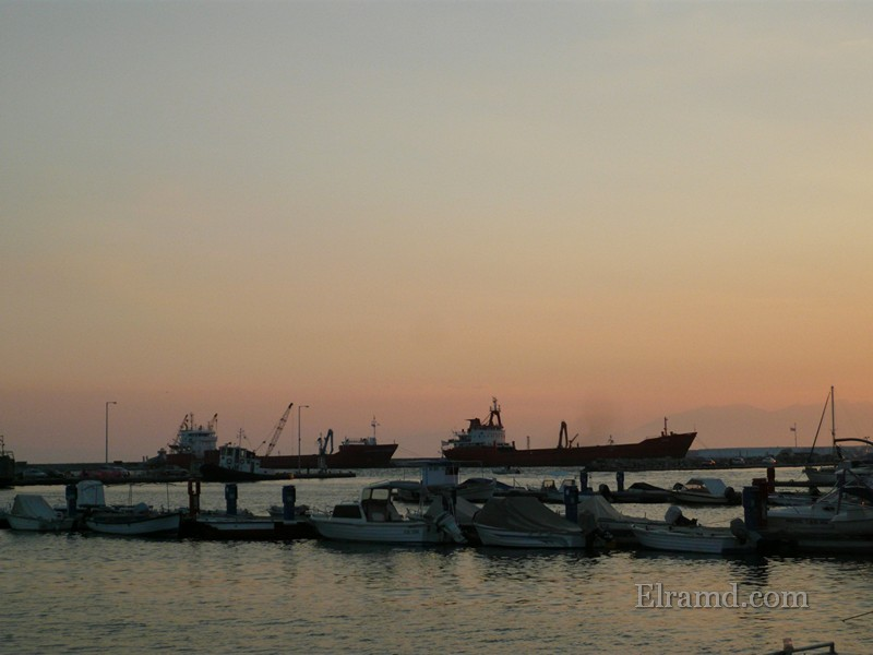 Вечерний порт