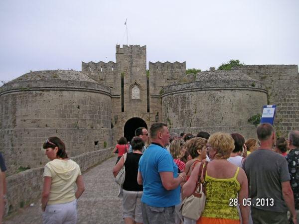 В крепости города Родос
