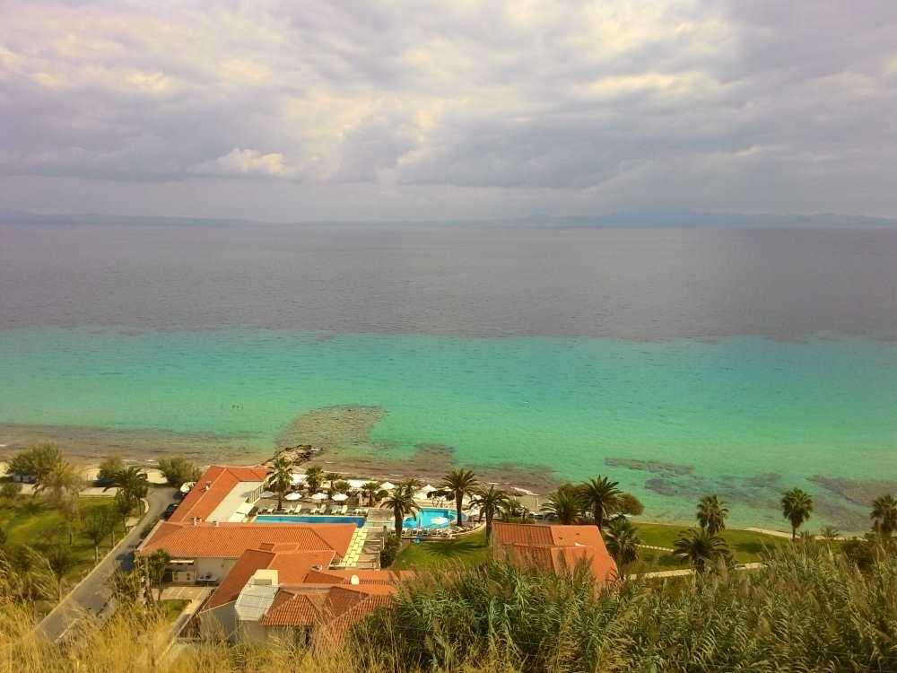 Отель на побережье Афитоса