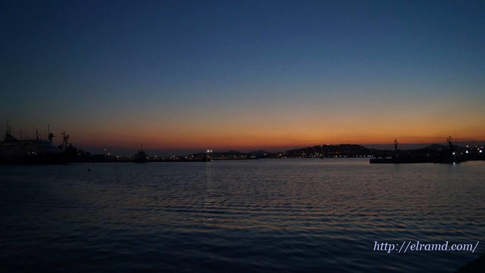 Вечер на рейде Пирея
