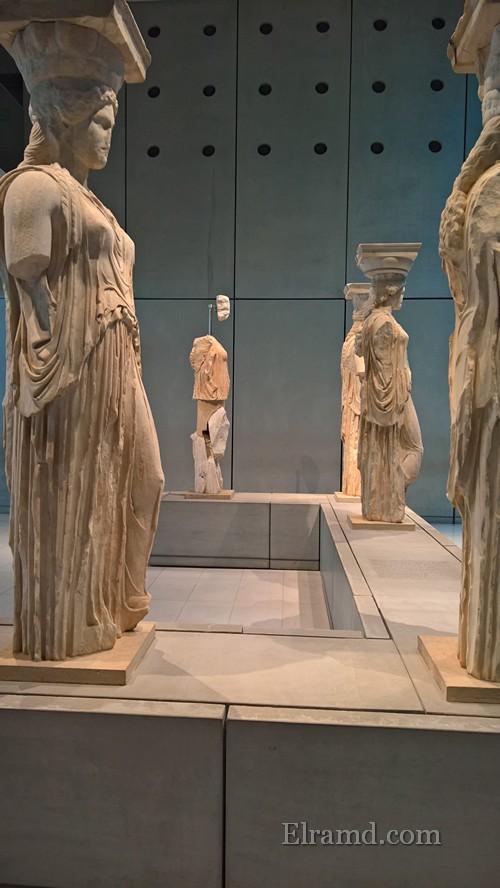 Кариатиды в Акропольском музее