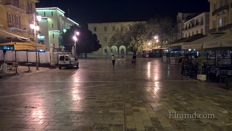Площадь Конституции в Нафплио