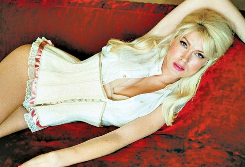Греческая актриса Клелия Ренеси