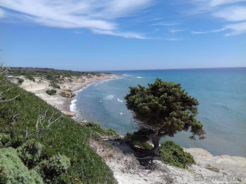 Северный берег острова Кос напоминает океанский