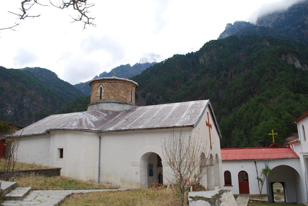 Монастырь Богоматери Стомиу