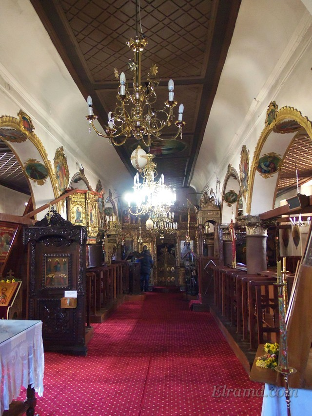 В церкви Успения Богородицы, остров Яннины