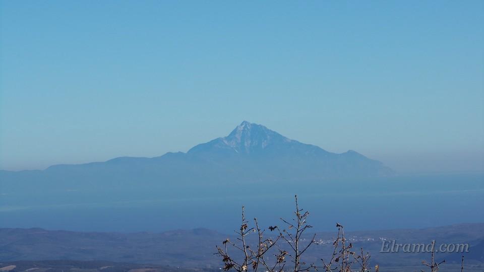 Гора Афон: хорошо видна вершина