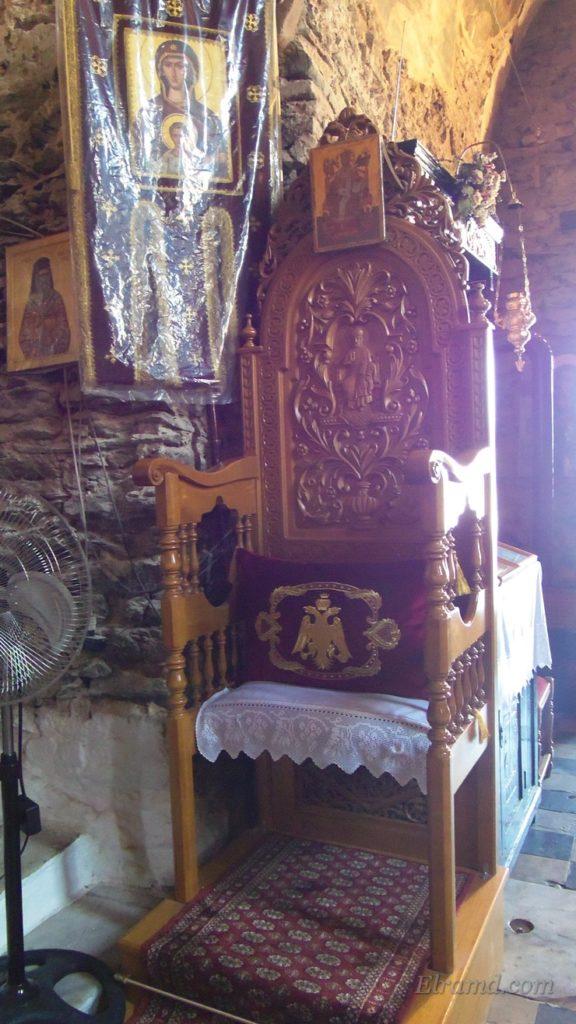 Кресло митрполита, храм Св. Давида