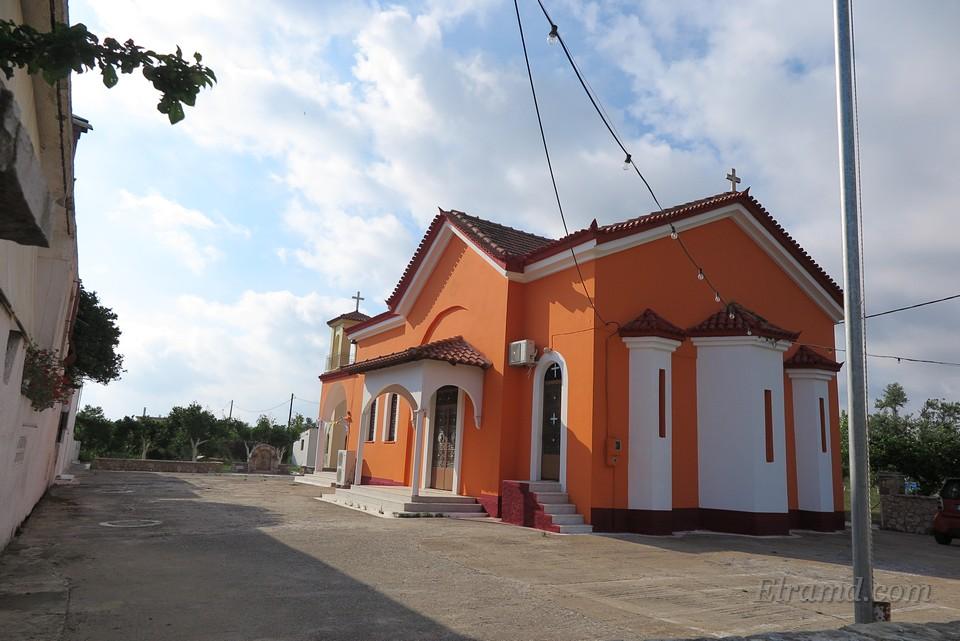 Храм Константина и Елены в Ялове