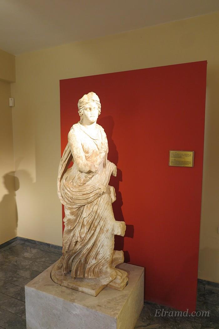 Римская Исида-Пелагия