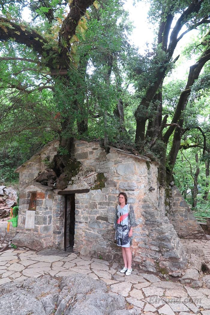 Храм очень маленький