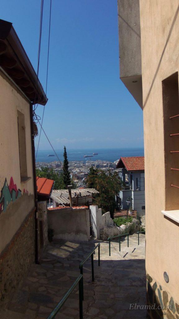 Виды на город из Ано Поли