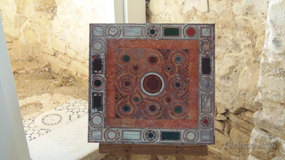 Отдельный восстановленный фрагмент мозаики