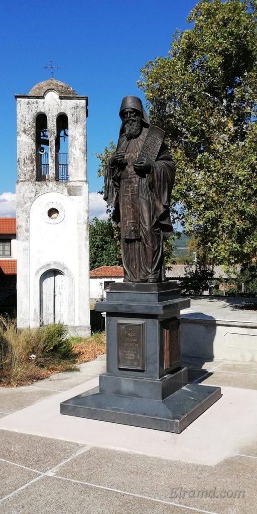 Памятник преподобному Силуану Афонскому