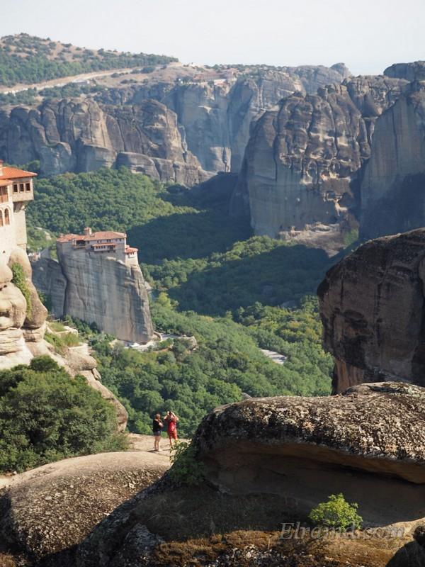 Вид на монастырь Русану