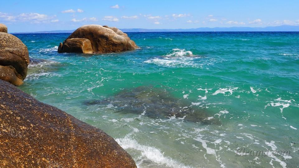 Изумрудное море бухты Фава