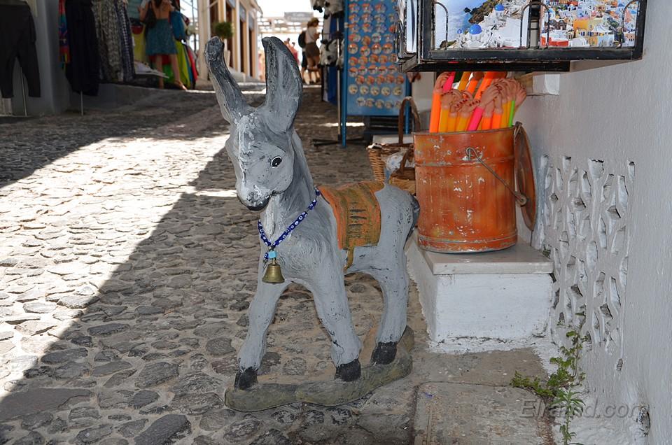 Ослики - символ Санторини