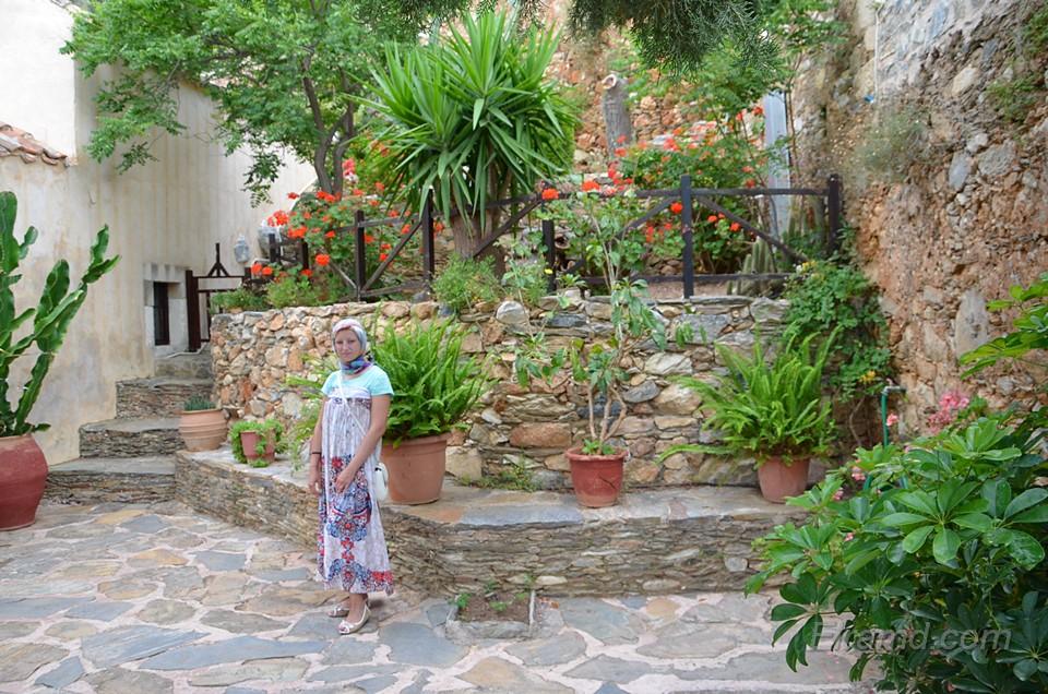 В монастыре Атали