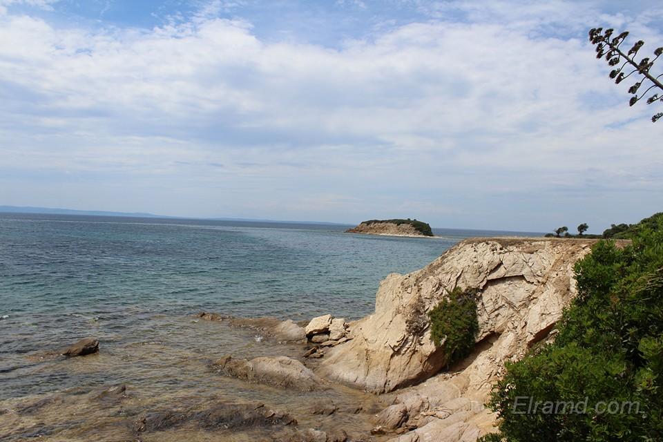 Вид на островок Кастри