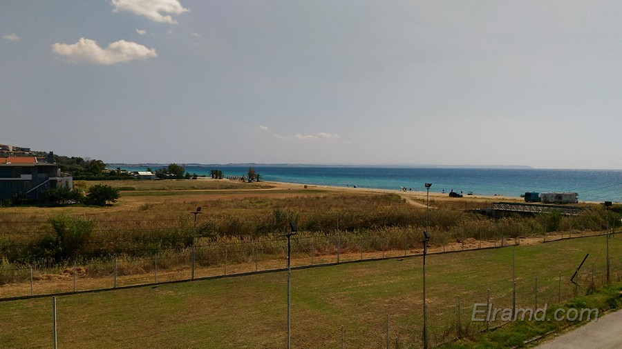 Вид на соседний пляж