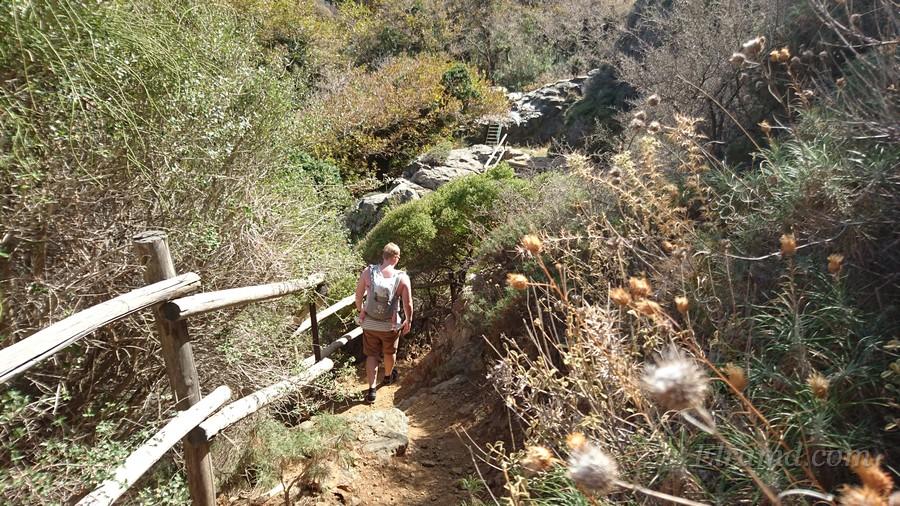 Длина ущелья около 3 км