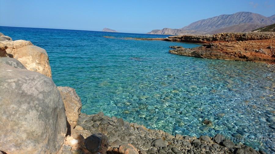 Прозрачные воды критского моря