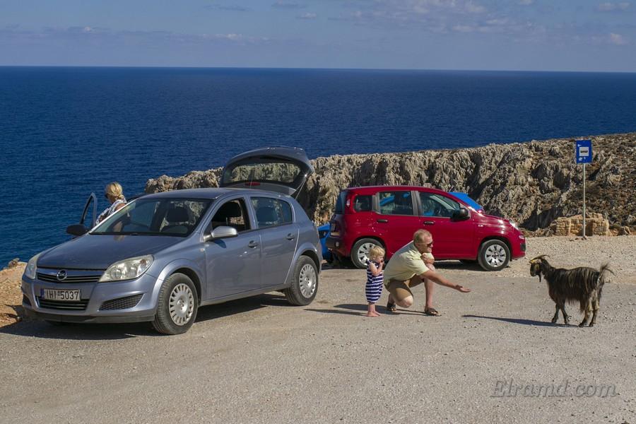 Арендовали машину на Западном Крите