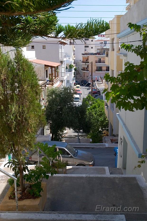 Улицы-лестницы в Агиос Николаосе