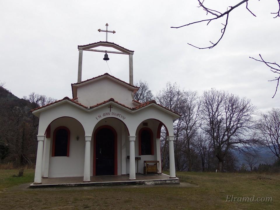Храм Св. Георгия, Ано Лутраки