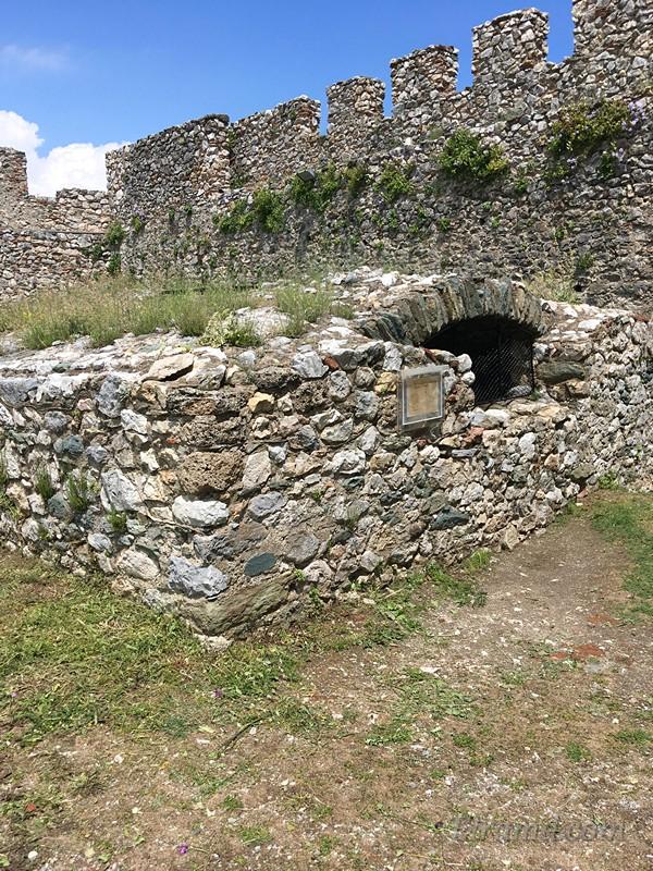 Цистерна для воды в крепости