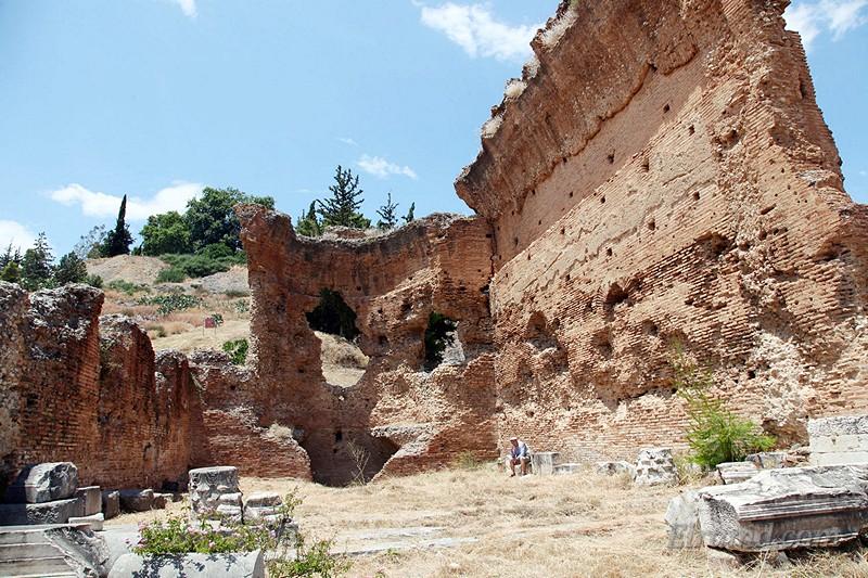 Античные бани в Аргосе