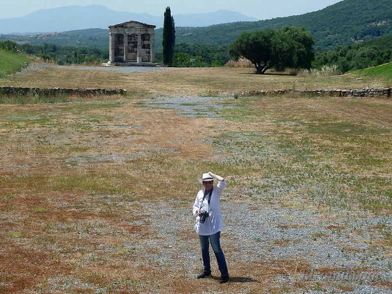 На древнем стадионе