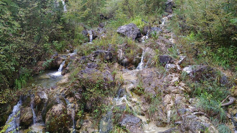 Водопады на склонах Олимпа