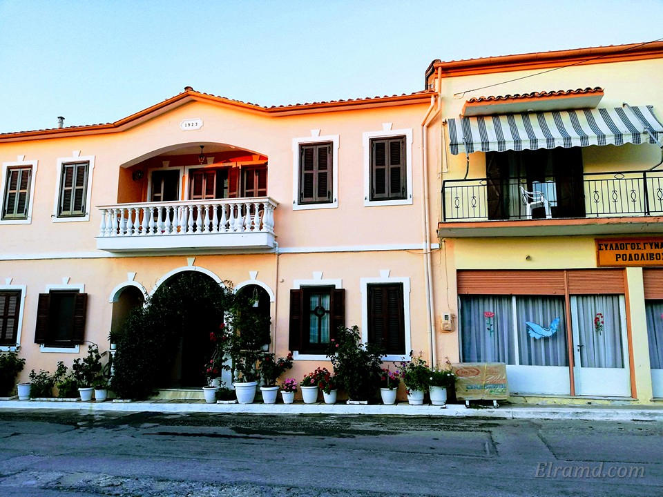 Симпатичный дом в Родоливосе