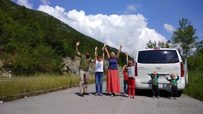 Греческие каникулы многоетной семьи