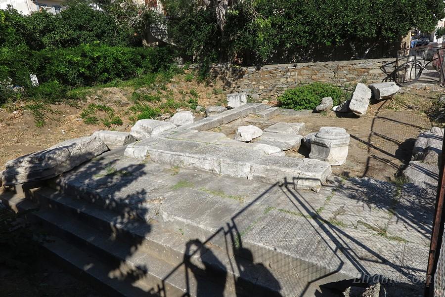 Раскопки древнего мавзолея римского чиновника
