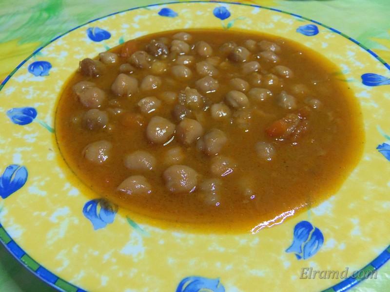 Ревифада - суп из нута