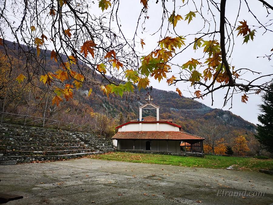 Храм Иоанна Предтечи в Ано Лутраки, декабрь 2019
