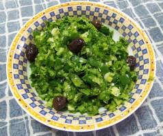 Зелёный салат марули по-гречески